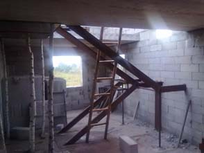 лестница-своими-руками-из-металла-10